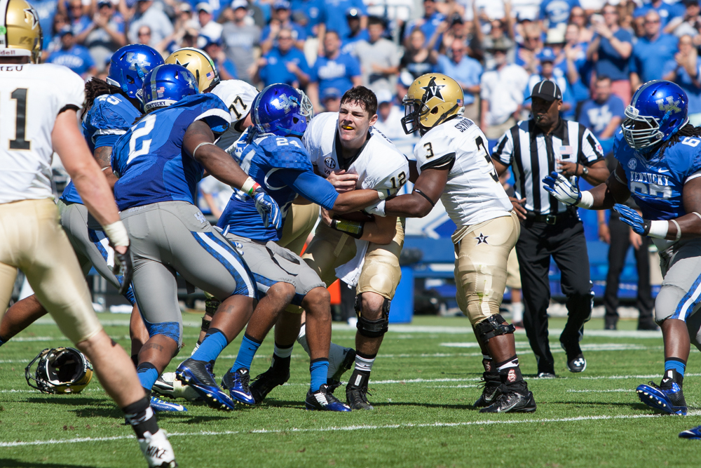 Defense rescues Wildcats as they grind out 17-7 win over Vandy