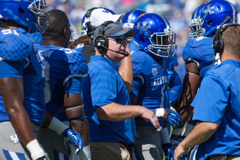 Stoops: Cats can't leave points on field vs. Spurrier, Gamecocks