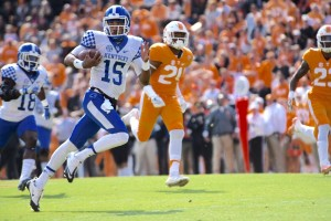 Kentucky QB Steven Johnson  races for 75 yards on UK's first play from scrimmage
