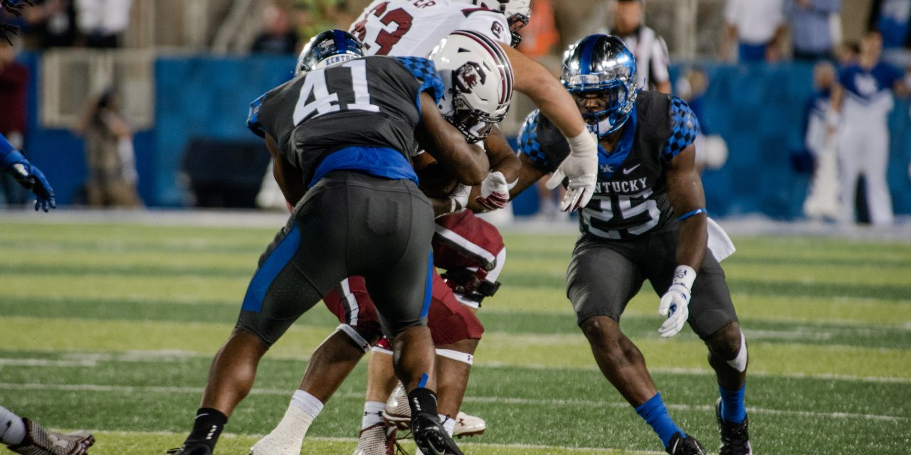 Kentucky 24, South Carolina 10; highlights, game notes and box score