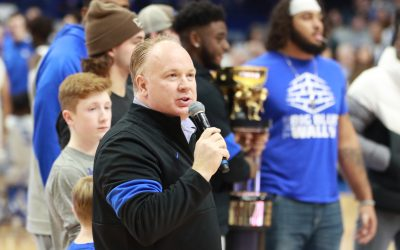 Mark Stoops meets media final time before taking on Missouri