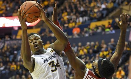 Kentucky lands West Virginia transfer, former five-star recruit Oscar Tshiebwe