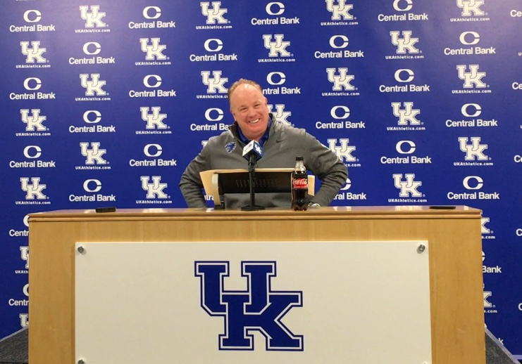 Mark Stoops talks on National Signing Day